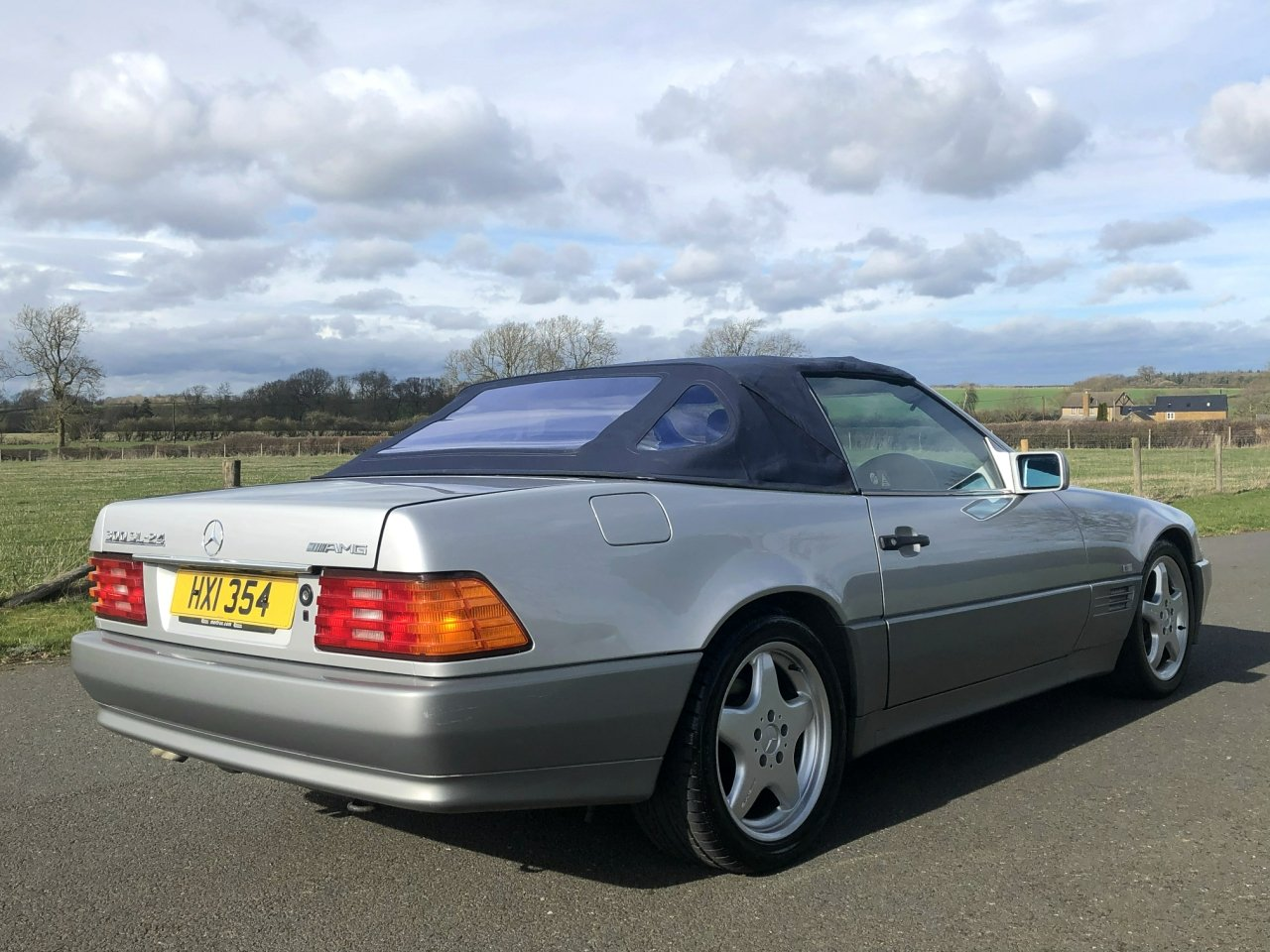 1990 Mercedes Benz 300 SL-24V R129 Automatic For Sale (picture 4 of 6)