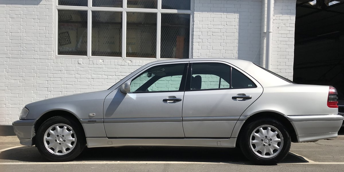 1998 C180 Elegance Auto 55k Perfect condition SOLD (picture 3 of 6)