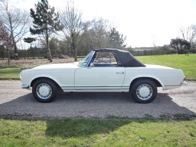 1968 Mercedes 280SL Pagoda RHD For Sale (picture 3 of 6)