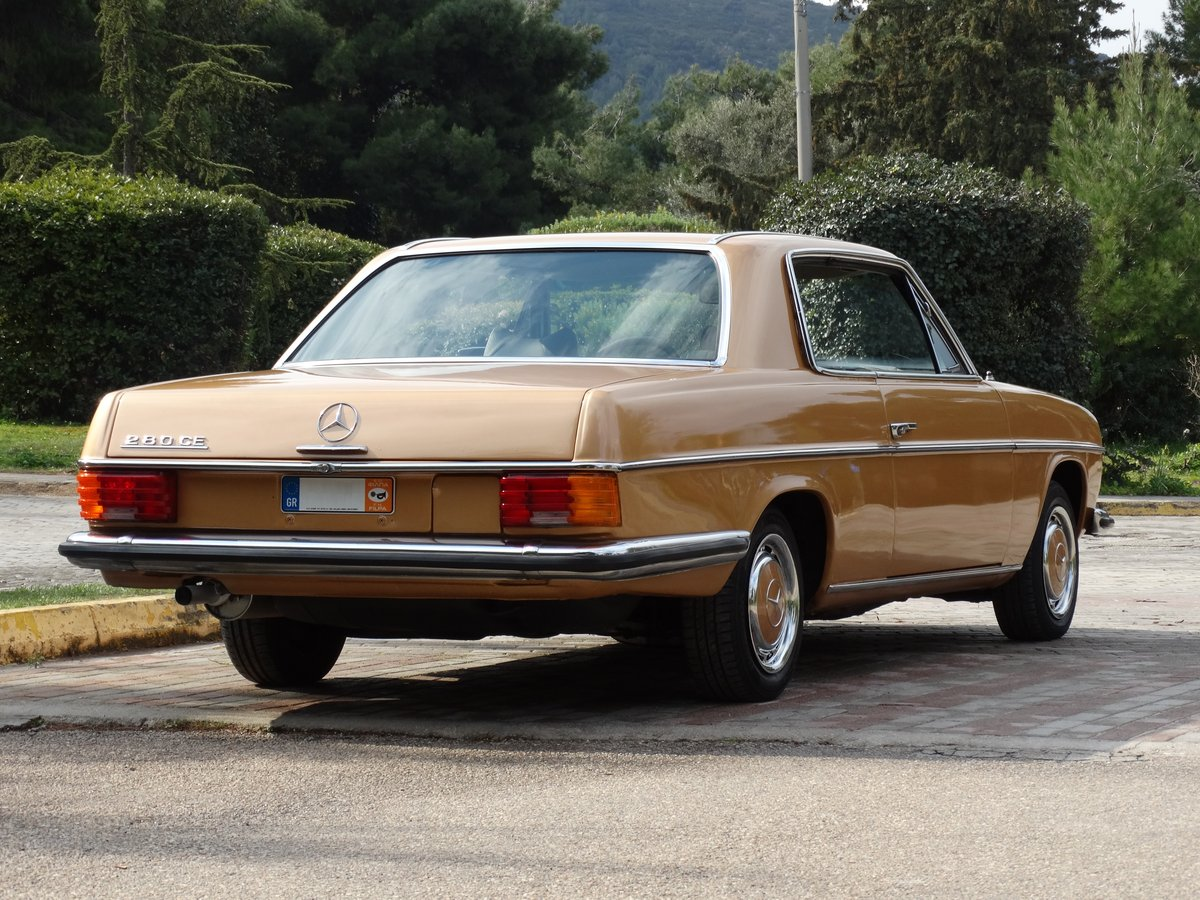 1973 Mercedes-Benz 250 C 2.8, Byzantine Gold Metallic For Sale (picture 3 of 6)
