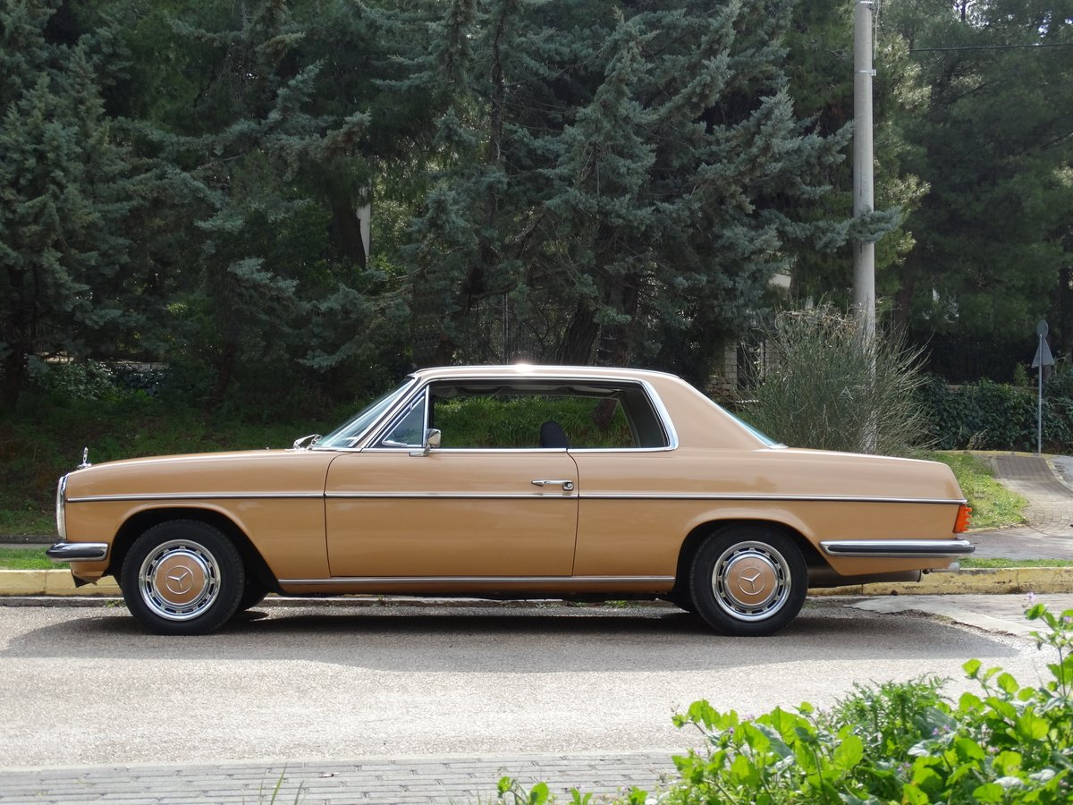 1973 Mercedes-Benz 250 C 2.8, Byzantine Gold Metallic For Sale (picture 4 of 6)