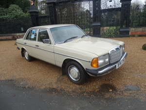 1981 MERCEDES 230E AUTO For Sale