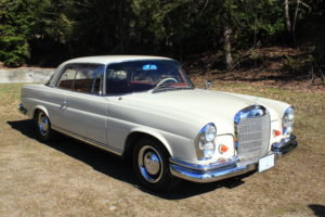 1963 Mercedes 220 SE Coupe = Rare 4 speed Ivory $49.9k