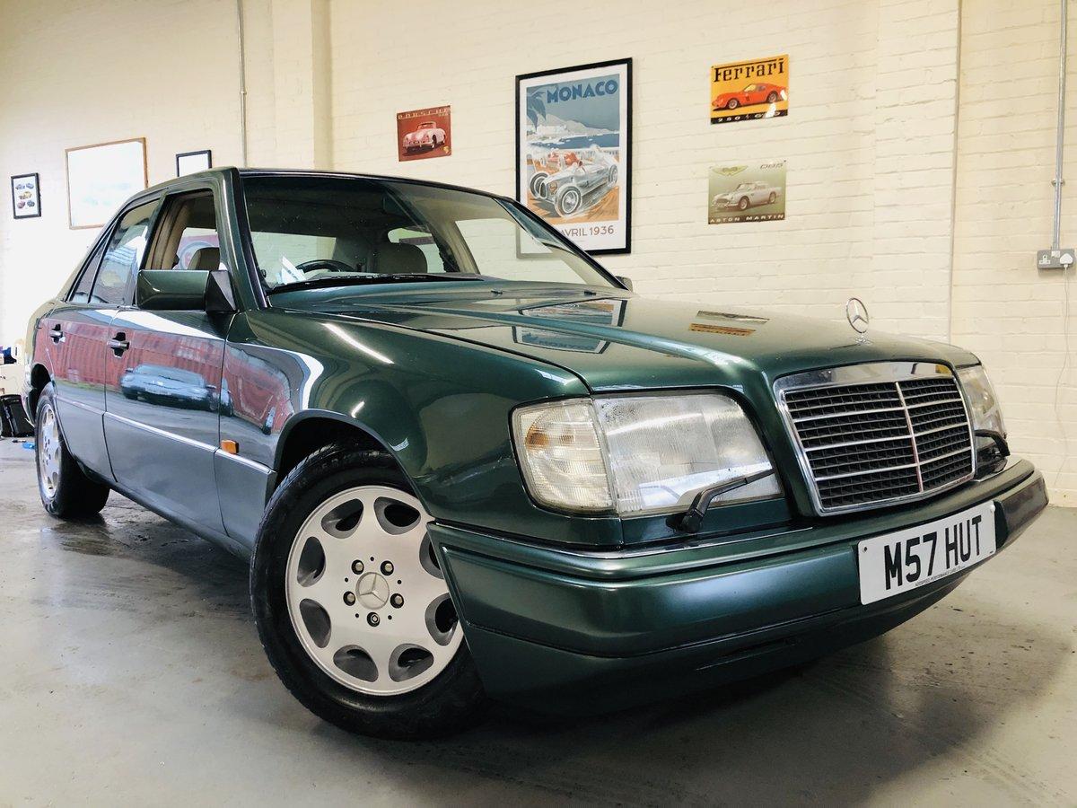 1994 MERCEDES-BENZ W124 E280 AUTO - SUPER  SOLD (picture 2 of 6)