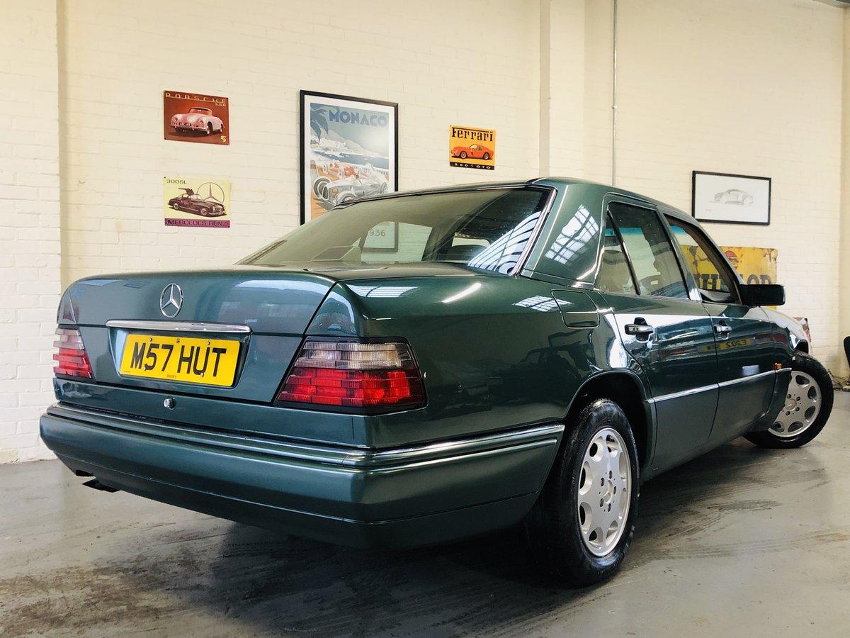1994 MERCEDES-BENZ W124 E280 AUTO - SUPER  SOLD (picture 3 of 6)