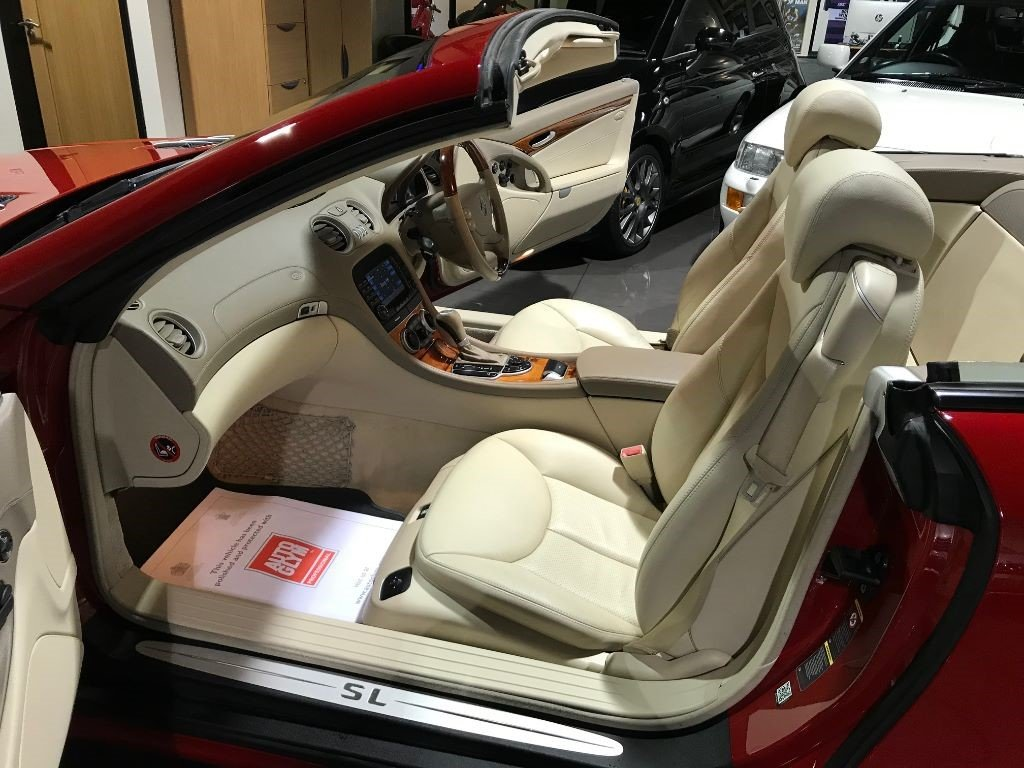 2005 Mercedes SL SL500 PANORAMIC ROOF MARS RED CREAM LEATHER For Sale (picture 4 of 6)