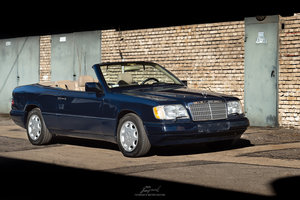 Picture of 1995 Mercedes e320 (w124) cabriolet