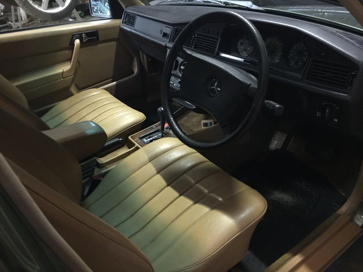 Mercedes 190e uk launch spec car superb rare 1984 For Sale (picture 5 of 6)