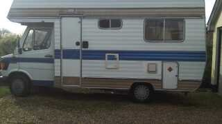 1982 Classic Mercedes Motorhome / Campervan For Sale (picture 1 of 6)