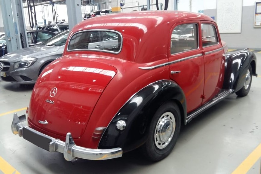 1951 Mercedes Benz 220 SOLD (picture 1 of 6)