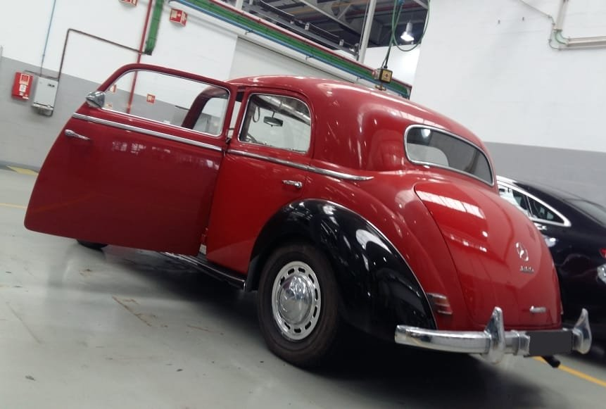 1951 Mercedes Benz 220 SOLD (picture 2 of 6)