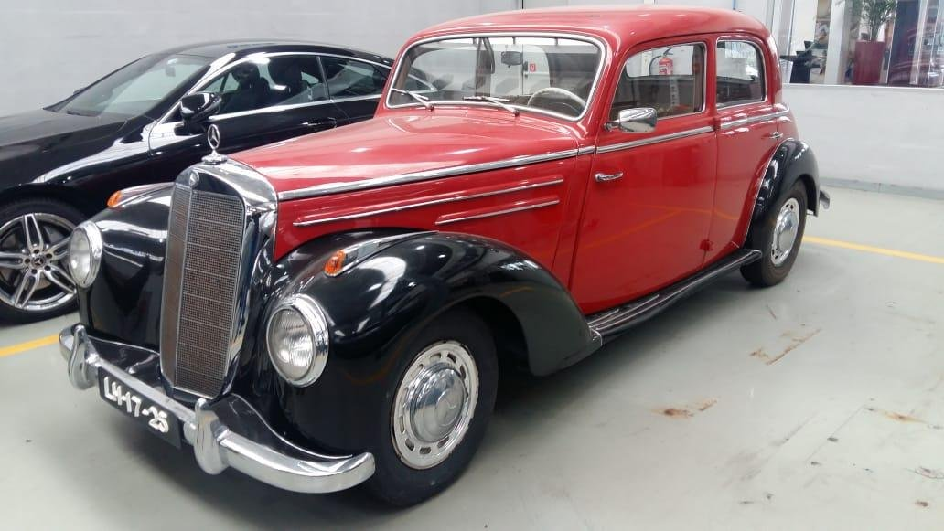 1951 Mercedes Benz 220 SOLD (picture 3 of 6)