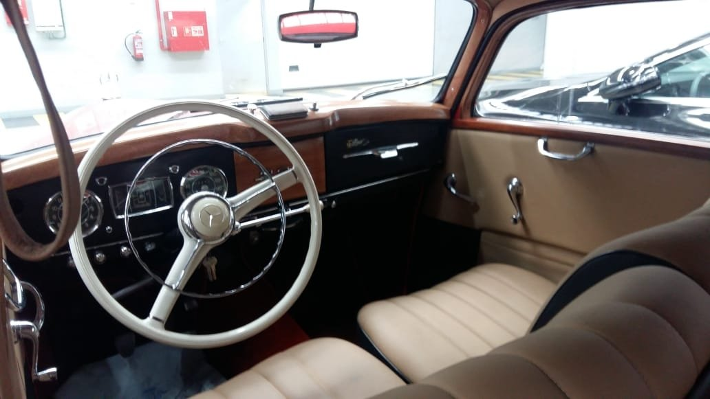 1951 Mercedes Benz 220 SOLD (picture 4 of 6)