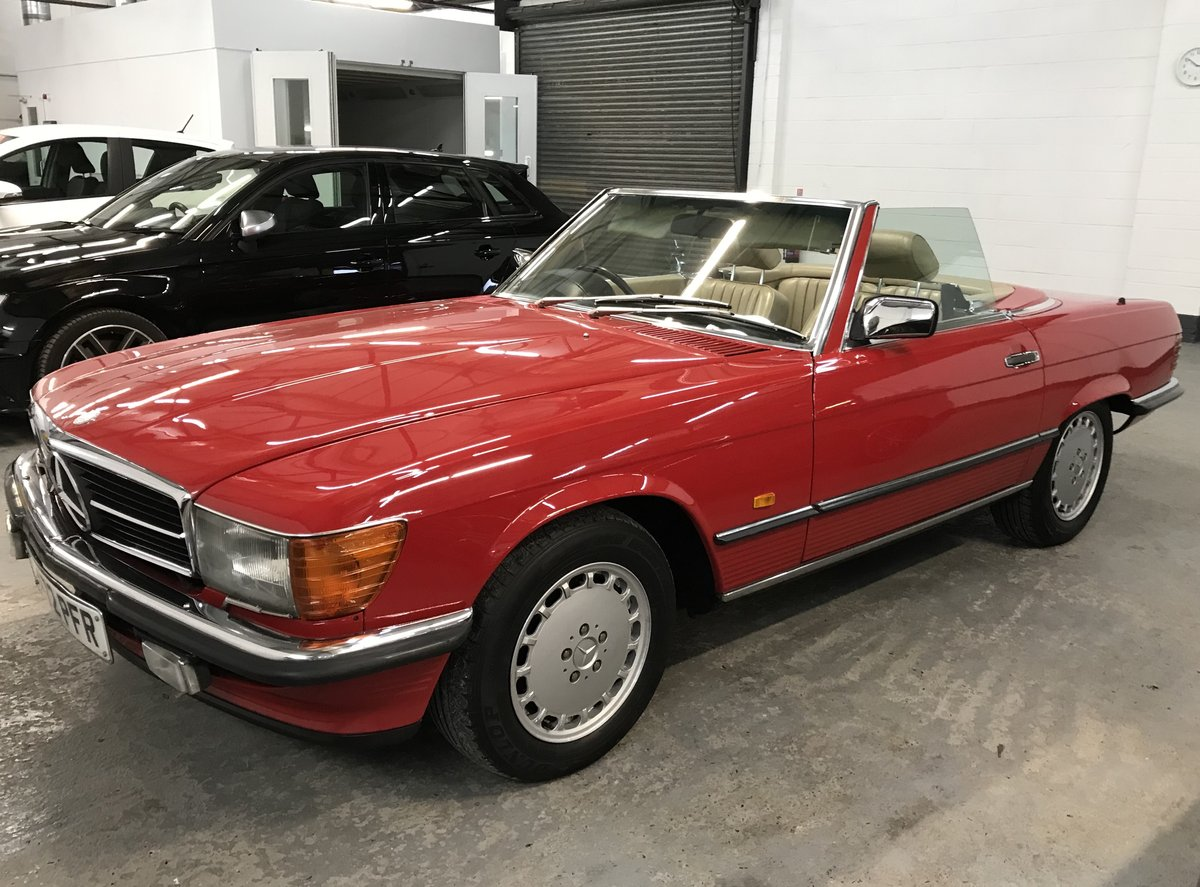 Exceptional 1987 500 SL Mercedes Benz 107 For Sale (picture 3 of 6)
