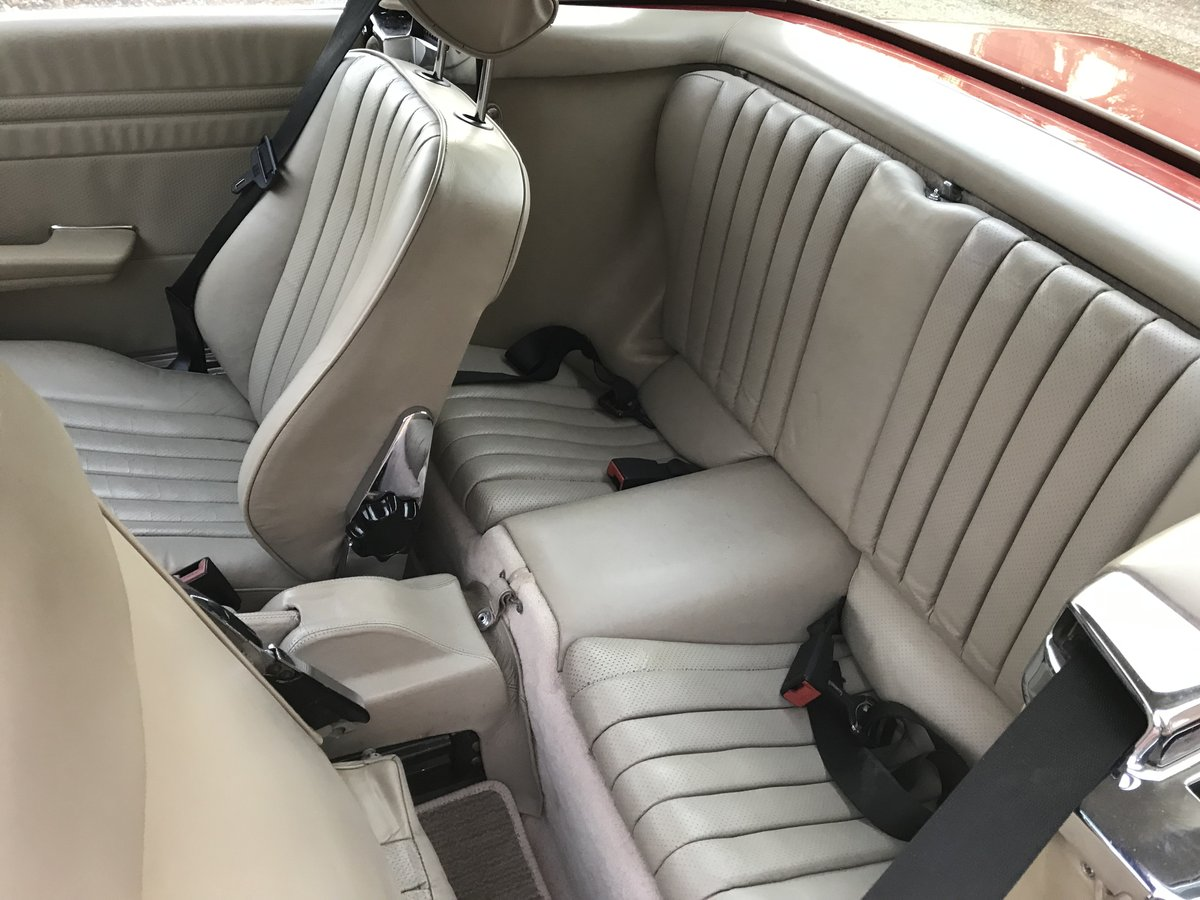 Exceptional 1987 500 SL Mercedes Benz 107 For Sale (picture 5 of 6)