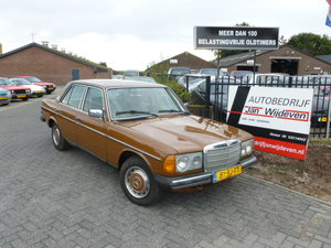 MERCEDES BENZ 300D, 1980 For Sale by Auction