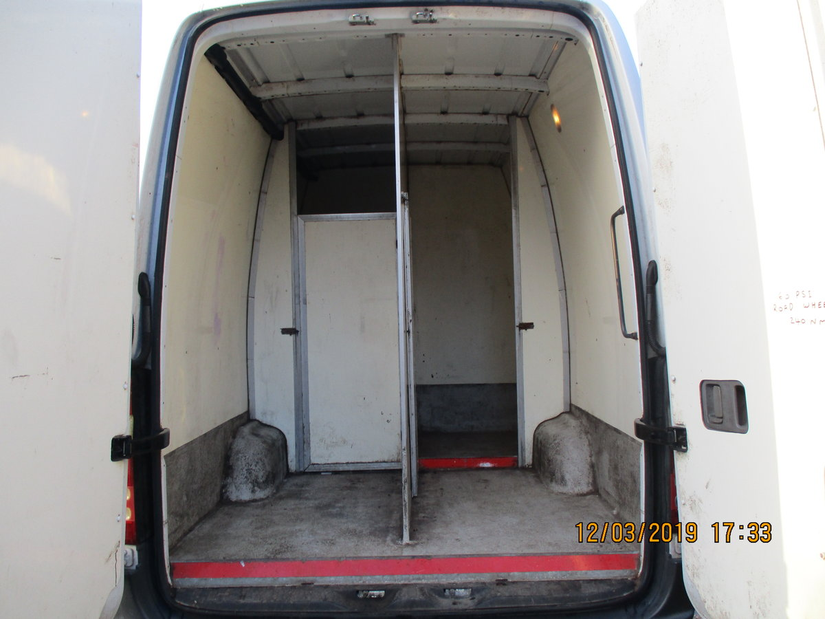 2012 HI-TOP EXTRA LONG 3.5T  XLWB SIDE DOOR 158,000 DEC MOT For Sale (picture 4 of 6)