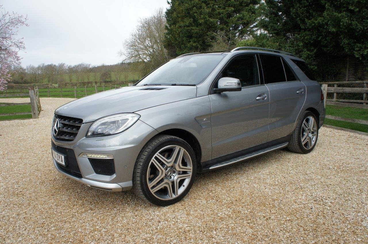2014 Mercedes ML63 AMG - 31k, FMBSH, rare Palladium Silver For Sale (picture 1 of 6)