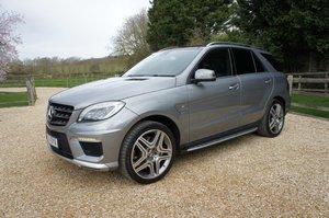 2014 Mercedes ML63 AMG - 31k, FMBSH, rare Palladium Silver For Sale