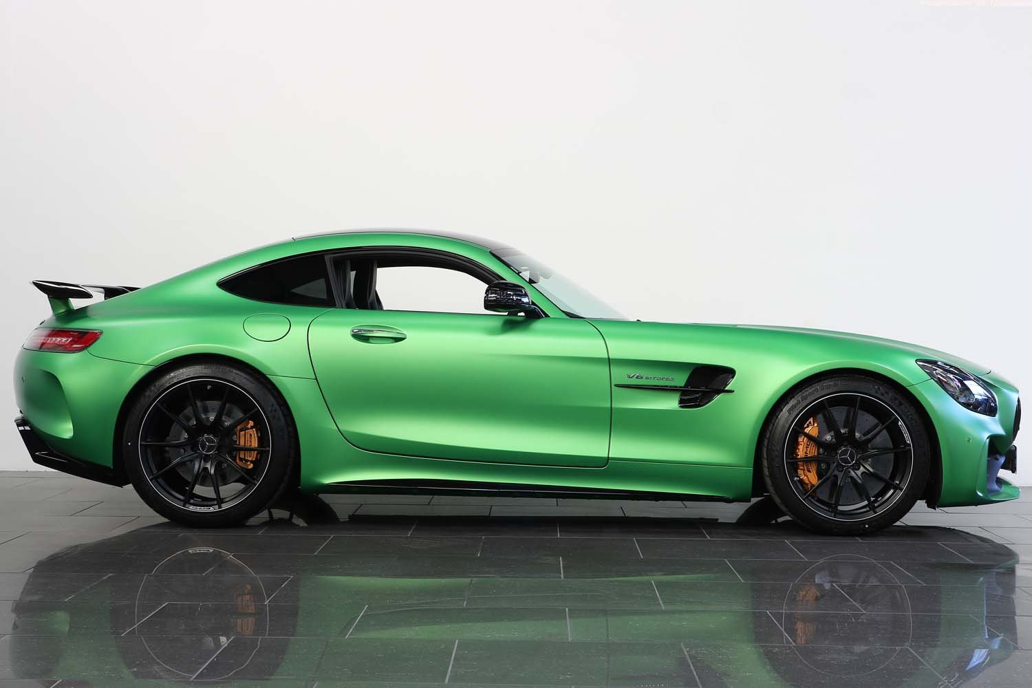 2019 19 MERCEDES BENZ AMG GT-R AUTO  For Sale (picture 2 of 6)
