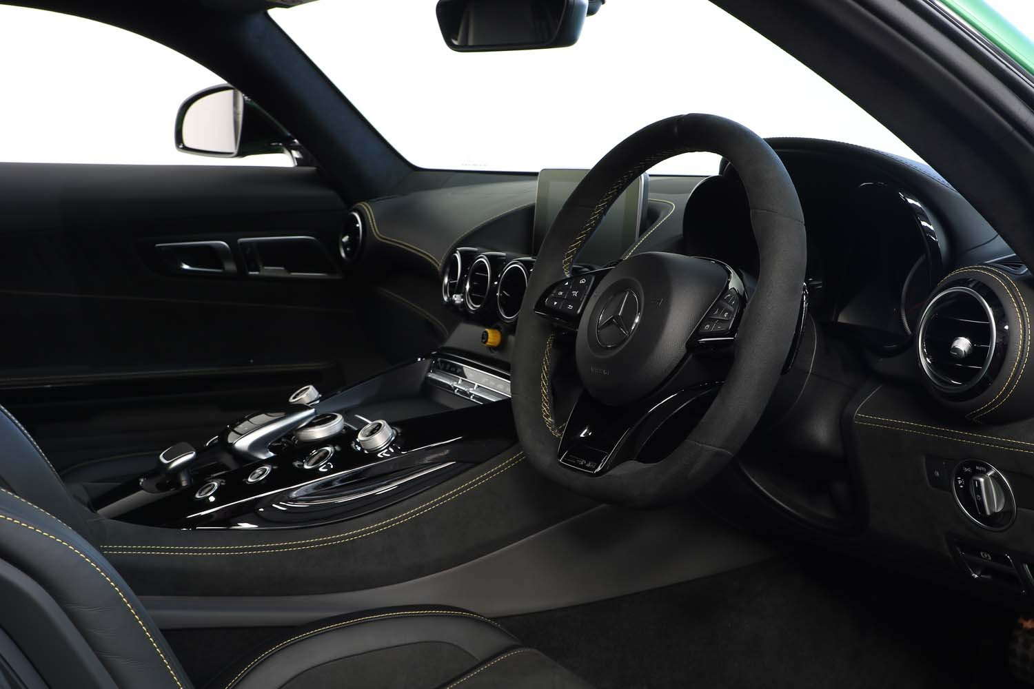 2019 19 MERCEDES BENZ AMG GT-R AUTO  For Sale (picture 4 of 6)