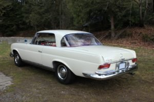 1963 Mercedes 220 SE Coupe = Rare 4 speed Ivory $49.9k For Sale (picture 3 of 6)