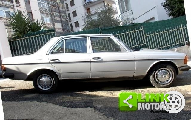 Mercedes (W123) Classe 200 (1981) CONSERVATO For Sale (picture 5 of 6)