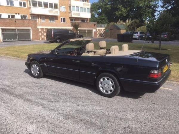1996 Mercedes E 220 convertible SPORTLINE  For Sale (picture 3 of 6)