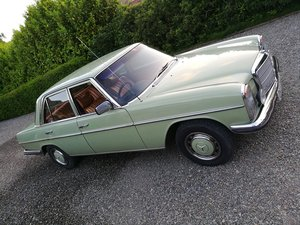 1975 Mercedes W114 280 /8 RHD Auto For Sale