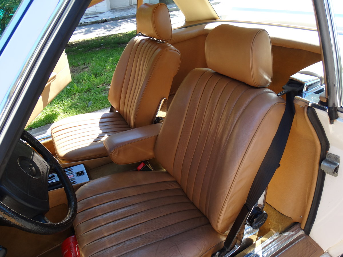 1983 Mercedes-Benz 380 SL, 46220km, exceptionally original For Sale (picture 5 of 6)