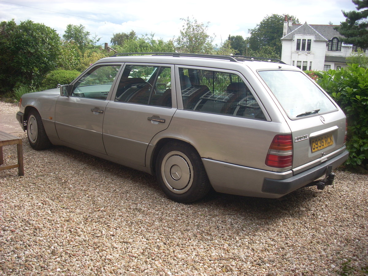 1990 W124 Mercedes 300TE  Silver For Sale (picture 2 of 2)