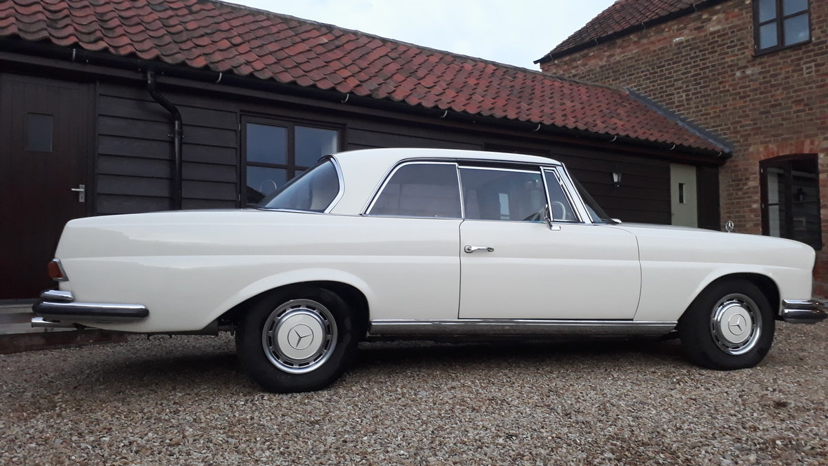 1967 SUPERB RESTORED RHD 250SE COUPE..ONLY THREE OWNERS For Sale (picture 3 of 6)