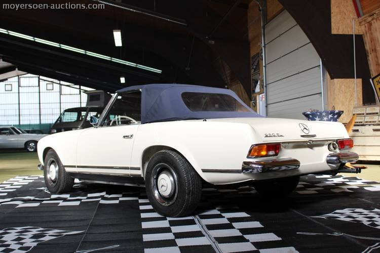 1966 MERCEDES-BENZ 230SL Pagode For Sale by Auction (picture 3 of 6)