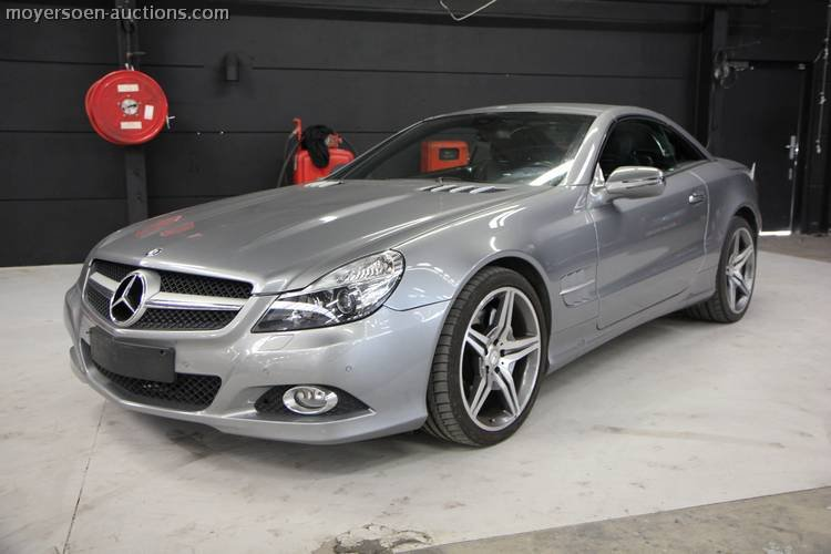 2010 MERCEDES-BENZ SL300 cabrio For Sale by Auction (picture 1 of 6)