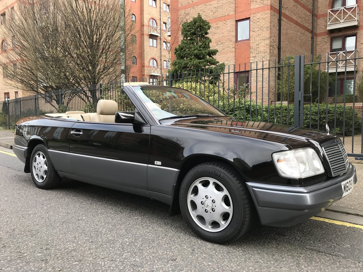 1995 Immaculate W124 E220 Convertible FSH 50,000m The Best For Sale (picture 2 of 6)