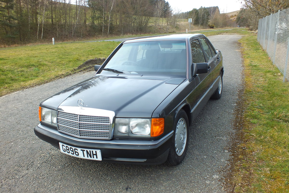 1990 Mercedes W201 190e 2.0 auto just 43873 miles! For Sale (picture 1 of 5)