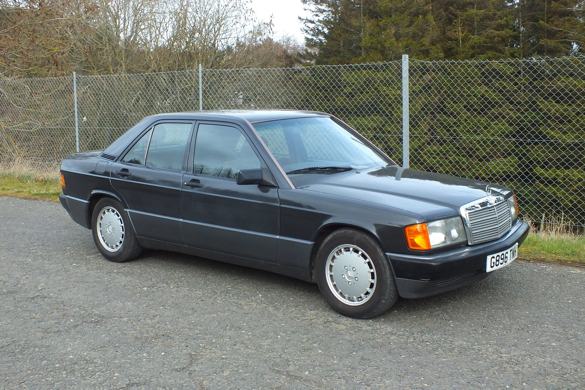 1990 Mercedes W201 190e 2.0 auto just 43873 miles! For Sale (picture 2 of 5)