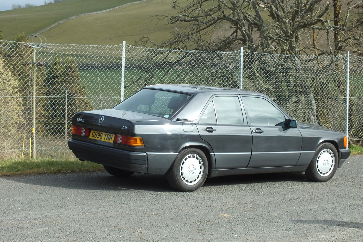 1990 Mercedes W201 190e 2.0 auto just 43873 miles! For Sale (picture 4 of 5)