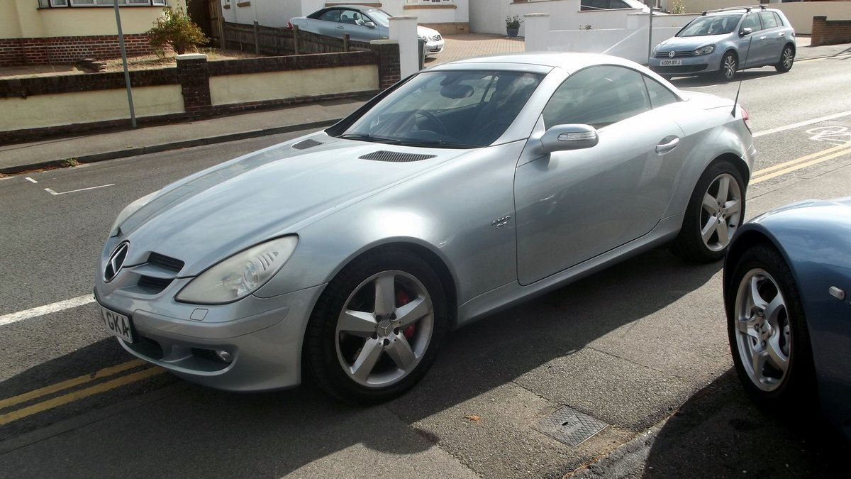 2005 MY 350 V6 SLK AUTO TIPTRONIC SPORTS CONVERTIBLE SOLD (picture 4 of 4)