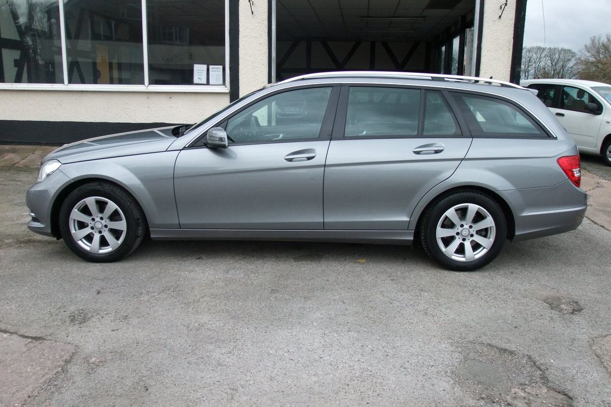 2014 MERCEDES-BENZ C-CLASS 2.1 C220 CDI BLUEEFFICIENCY EXECUTIVE  For Sale (picture 2 of 6)