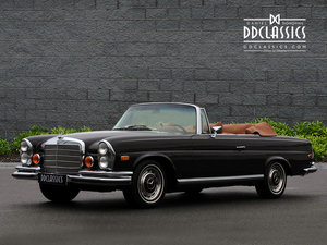 1971 Mercedes Benz 280SE 3.5 Cabriolet Stacking Head Light F For Sale