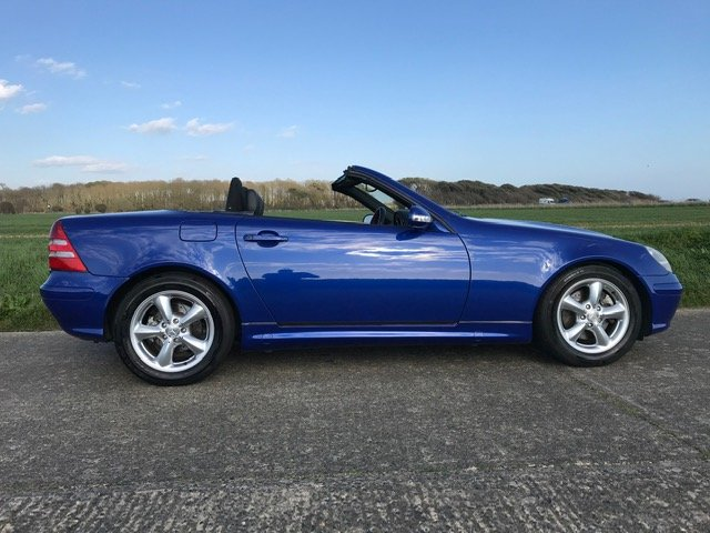 2000 Mercedes SLK320 R170 Linarite Blue Walnut Leather For Sale (picture 3 of 6)