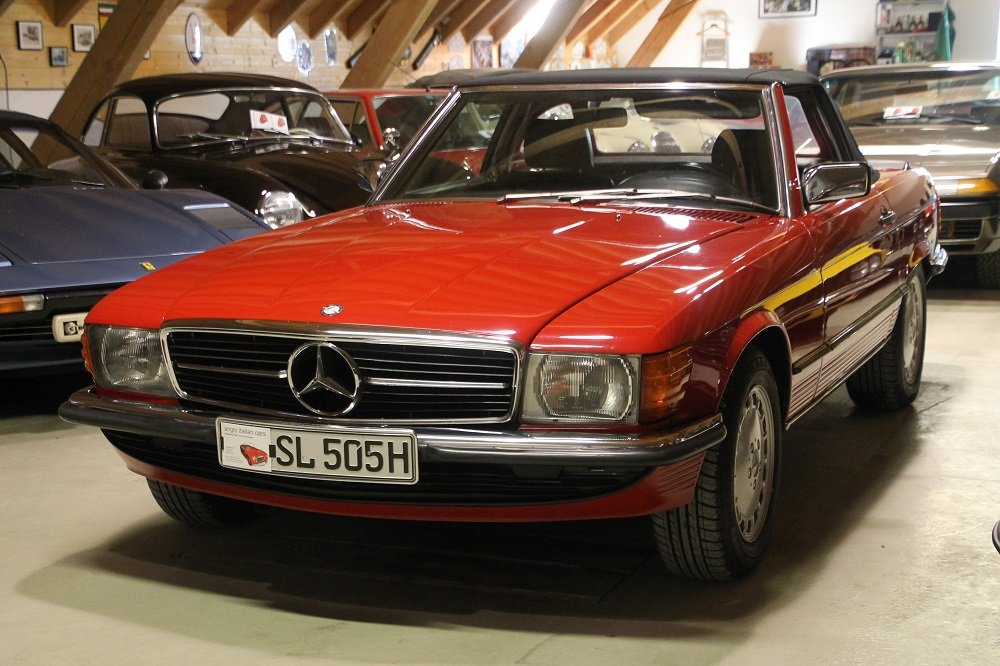 1986 MB 500 SL / R 107 / 2 owners / German first delivery SOLD (picture 1 of 6)