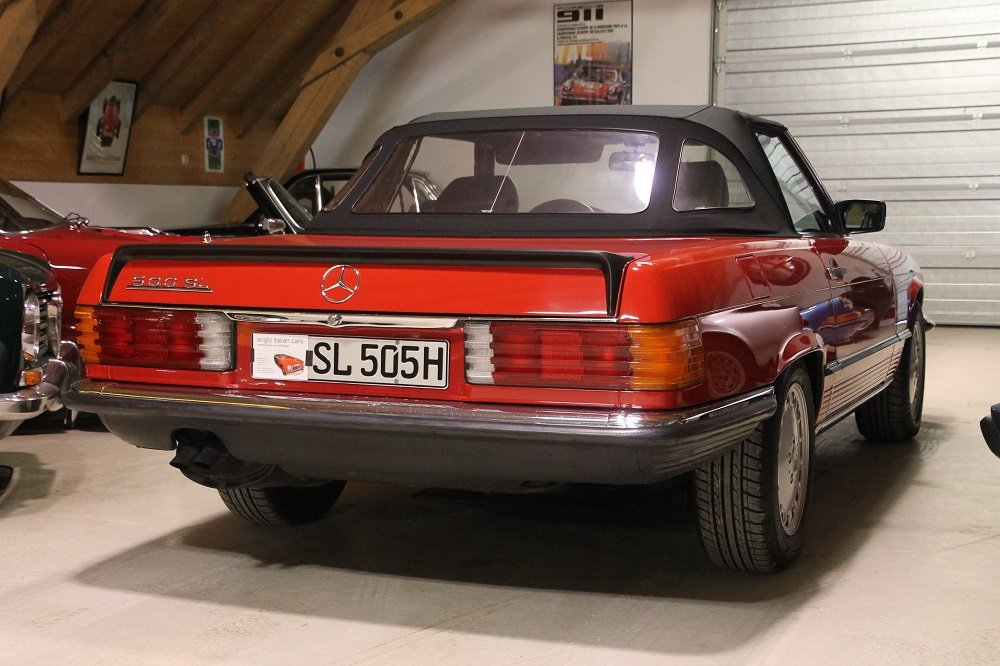 1986 MB 500 SL / R 107 / 2 owners / German first delivery SOLD (picture 2 of 6)
