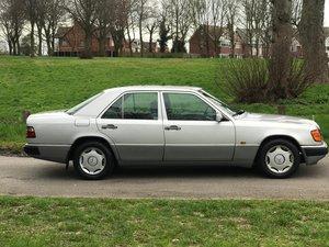 Mercedes Benz 200E4V W124 1993 ONLY 87112 MILES