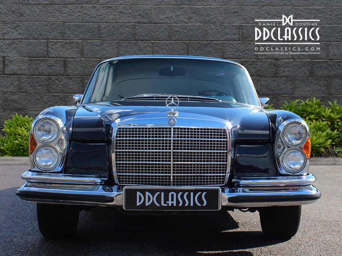 1970 mercedes benz 280se 3 5 coupe for sale in london for. Black Bedroom Furniture Sets. Home Design Ideas