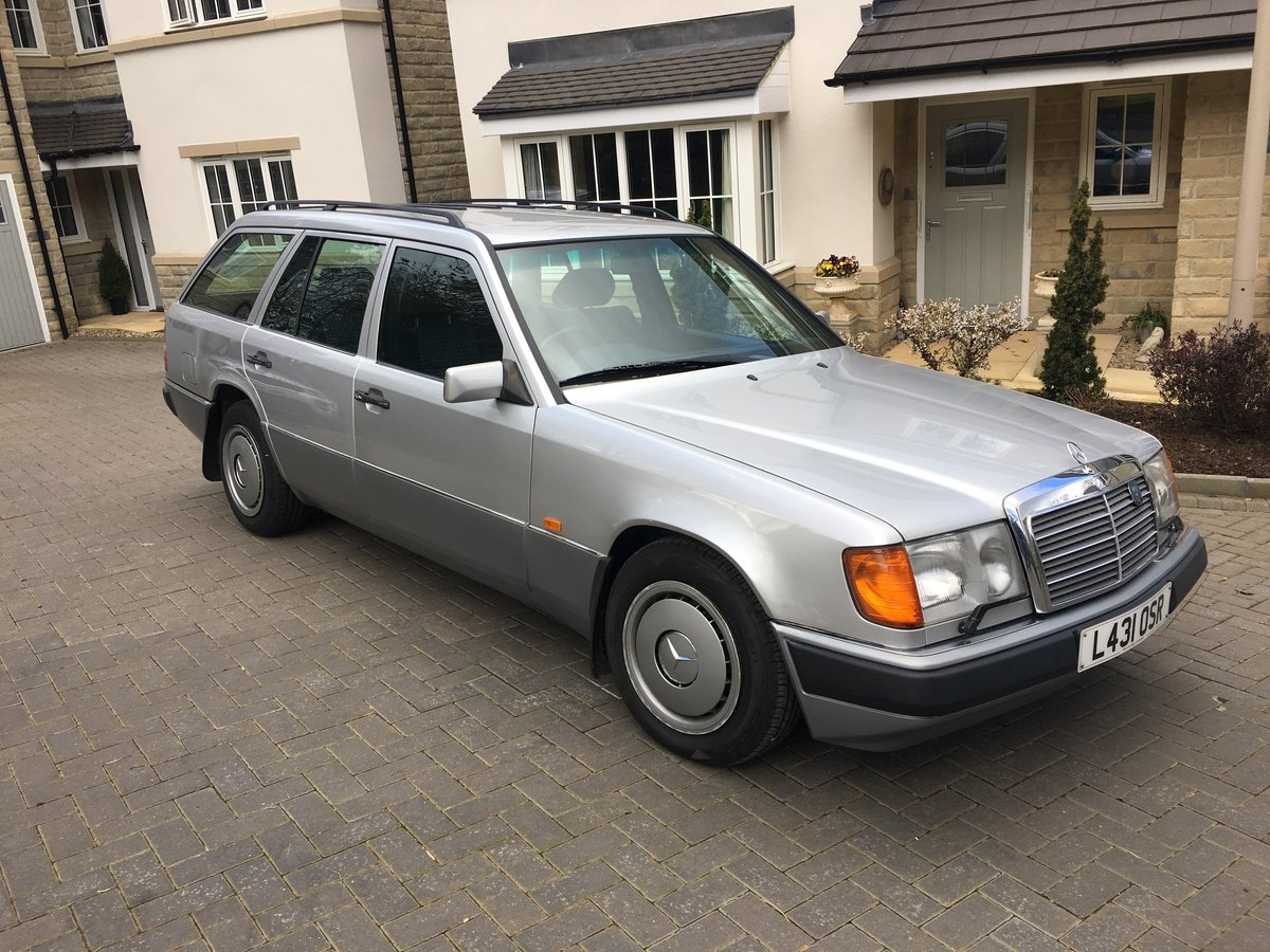 1993 W124 300D Estate One Private Owner Plus Dem SOLD (picture 1 of 6)