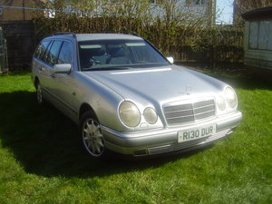 Mercedes Benz S210 E300 Turbodiesel estate.1997 For Sale