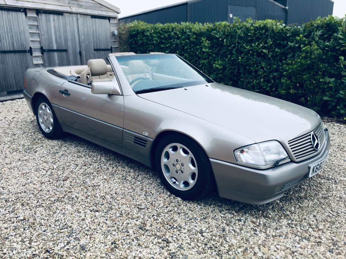 1992 Mercedes 300sl R129 Smoke Silver superb car  For Sale (picture 1 of 6)