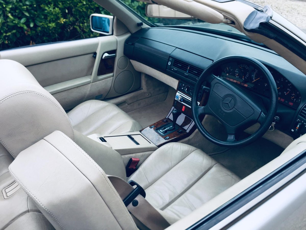 1992 Mercedes 300sl R129 Smoke Silver superb car  For Sale (picture 6 of 6)